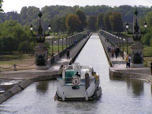 la Loire en bateau via le canal de la Loire