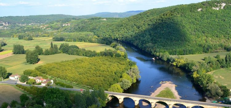Opter pour un camping Dordogne pas cher pour vos vacances